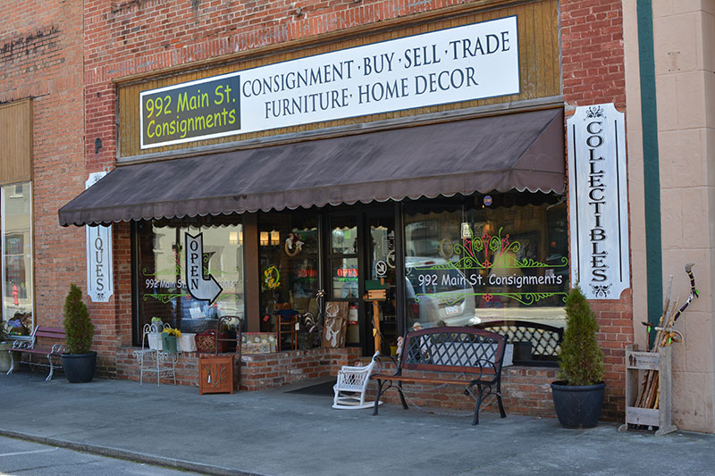 992 Main St Consignments